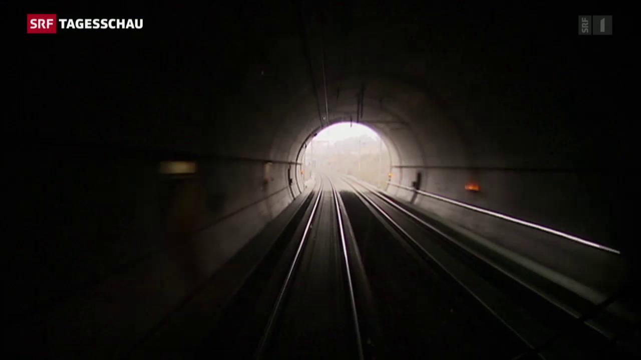 SBB plant Tunnel quer durch das Reusstal
