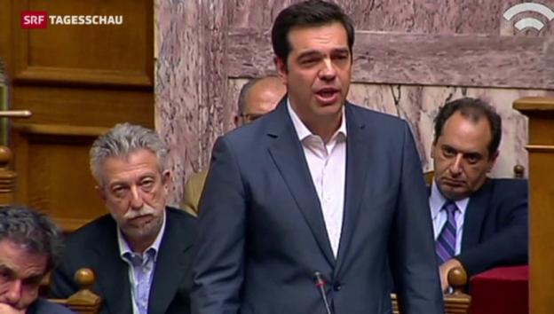 Video «Tsipras bringt Sparprogramm durchs Parlament» abspielen