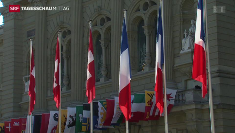 Alle warten auf François Hollande
