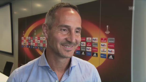 Video «Adi Hütter schätzt Olympiakos ein» abspielen