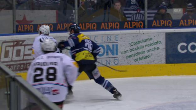 Video «Fora checkt Steiner von hinten» abspielen
