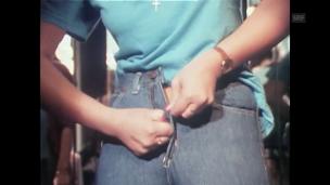 Video «Die Jeans» abspielen