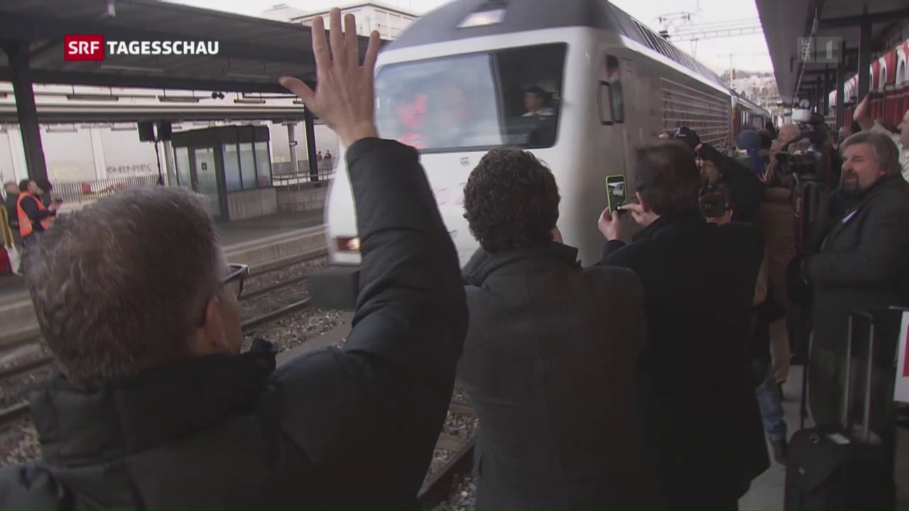 Gotthard: Jetzt rollt der Bahn-Verkehr