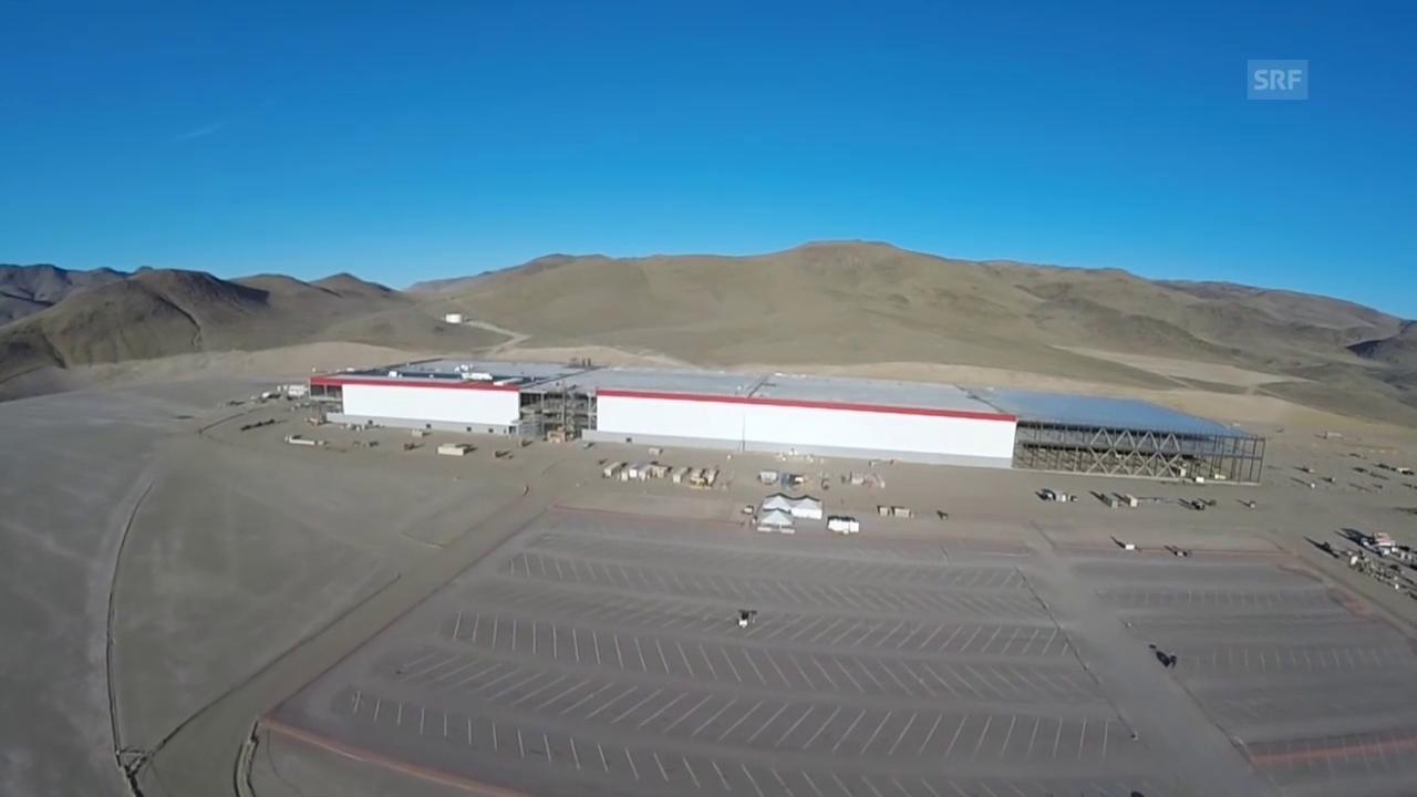 Mit der Drohne über die Rekordfabrik («Einstein»)