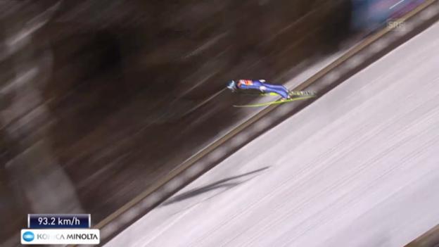 Video «Skispringen: Vierschanzentournee Bischofshofen, der 2. Sprung von Michael Hayböck» abspielen