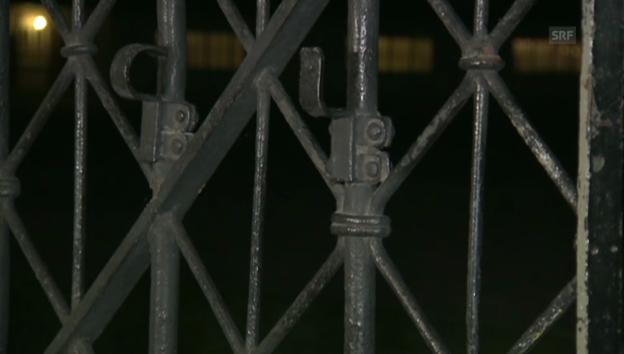 Video «Am schmiedeisernen Tor in Dachau fehlt der Schriftzug (unkommentiert)» abspielen