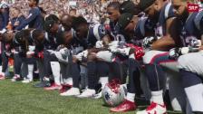 Link öffnet eine Lightbox. Video Trump wirft Sportlern unpatriotisches Verhalten vor abspielen