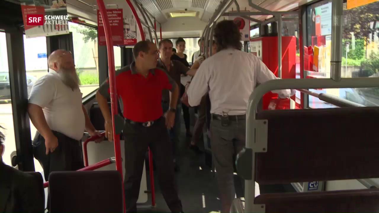 Auf Knigge-Kontrolle in Berner Tram und Bus