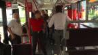 Video «Auf Knigge-Kontrolle in Berner Tram und Bus» abspielen