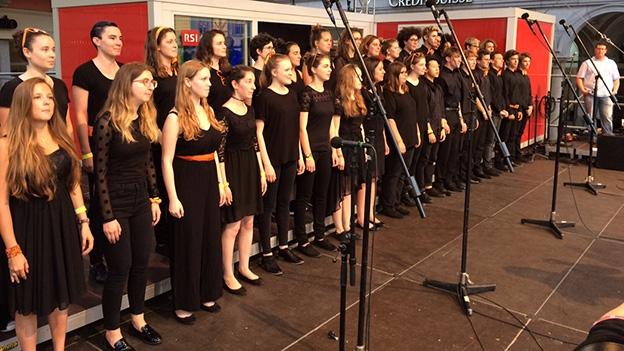 Junge Stimmen Zürich mit «Sut Steilas»