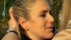 Video «Der schmerzvolle Abschied am Tag der Abreise» abspielen