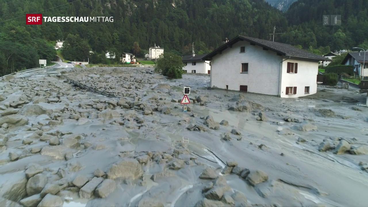 Acht Vermisste nach Felssturz in Bondo