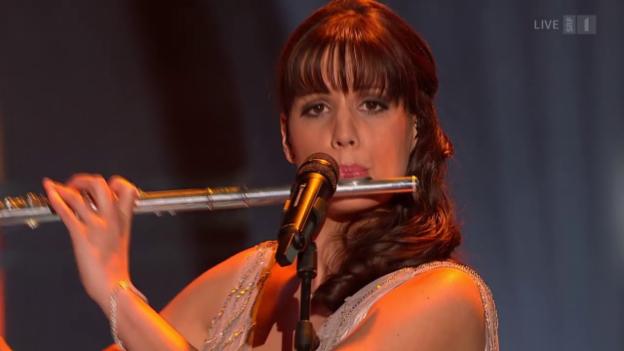 Video «Newcomer Sabrina Sauder: «Abenteuerland»» abspielen