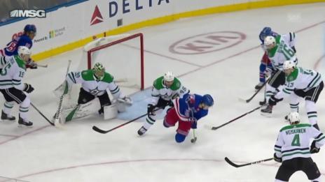 Link öffnet eine Lightbox. Video Veseys freche Backhand zum Rangers-Sieg abspielen