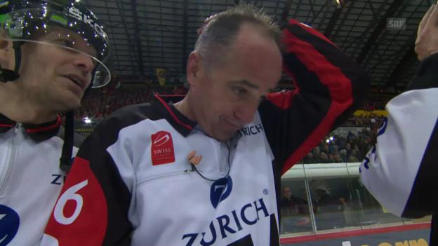Video «Kurmanns Emotionen nach seinem letzten NLA-Spiel» abspielen