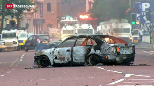 Video «Belfast: Zahlreiche Verletzte bei Protesten» abspielen