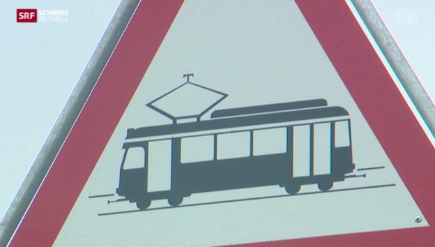 Video «Wieder Unfall mit Glattalbahn» abspielen