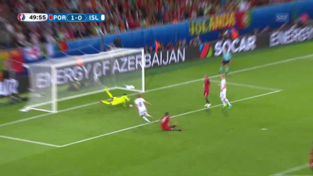 Video «Völlig frei: Bjarnasons Ausgleichstreffer gegen Portugal» abspielen