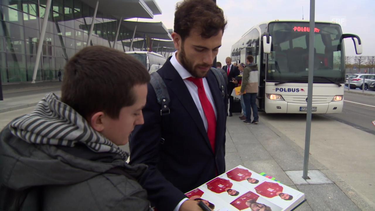 Fussball: Schweizer Nati kommt in Polen an