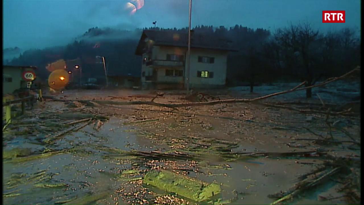 Inundaziuns a Rueun il 2002