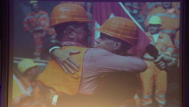 Video «Eine innige Freundschaft zwischen Leuenberger und Ogi» abspielen