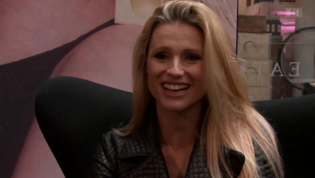Video «Erfülltes Leben: Michelle Hunziker im Exklusiv-Interview» abspielen
