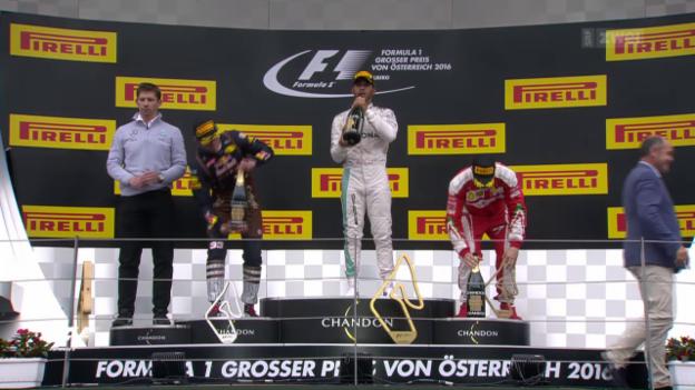 Video «Lewis Hamiltons Premierensieg in Österreich» abspielen