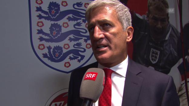 Video «Fussball: EM-Quali, England - Schweiz, Vladimir Petkovic im Interview» abspielen