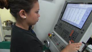 Video «Weibliche Arbeitskräfte: Das ungenutzte Potenzial der 245'000» abspielen
