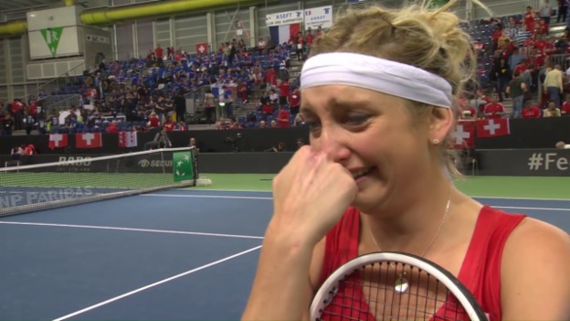 Video «Das emotionale Interview mit Bacsinszky» abspielen