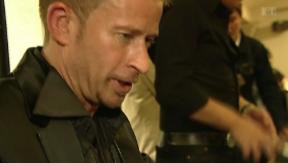 Video «Schlagersänger Leonard bewirbt sich für den ESC» abspielen