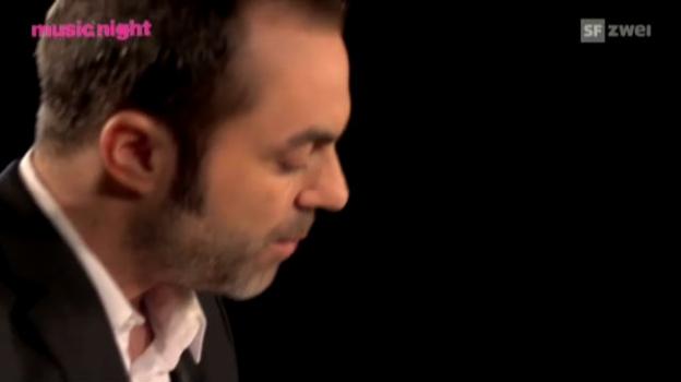 Video «Act der Woche: Tobi Gmür» abspielen