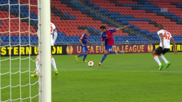 Video «Fussball: Delgados Tore gegen Valencia» abspielen