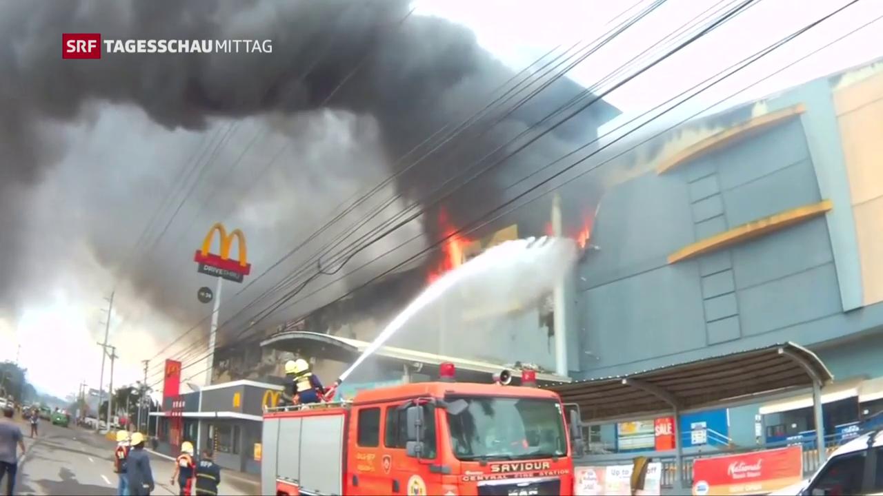Brand in philippinischem Einkaufszentrum