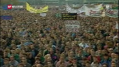 Demonstration auf dem Alexanderplatz