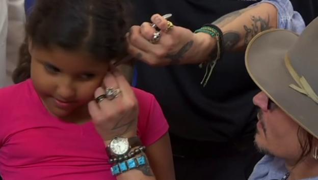 Video «Johnny Depp in Brasilien» abspielen