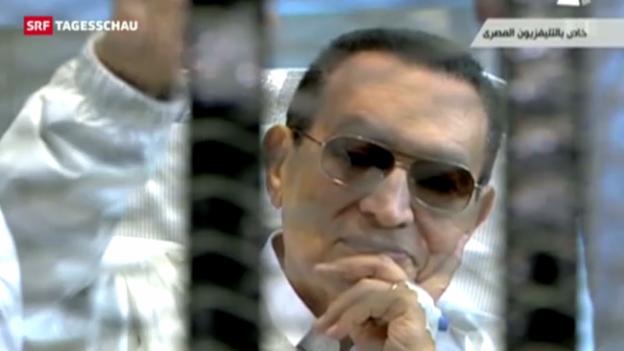 Video «Mubarak-Prozess vertagt» abspielen