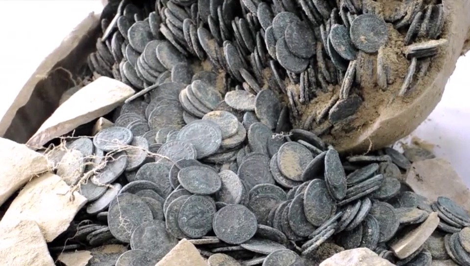 Münzen aus dem Römischen Reich gefunden (unkomm.)
