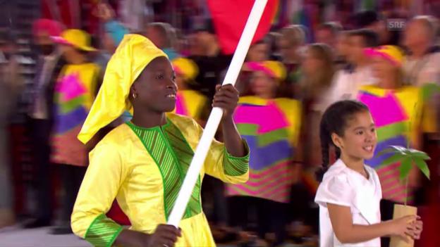 Video «Einmarsch der senegalesischen Delegation» abspielen