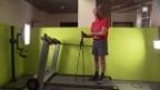 Video «So werden Wanderstöcke richtig eingesetzt» abspielen