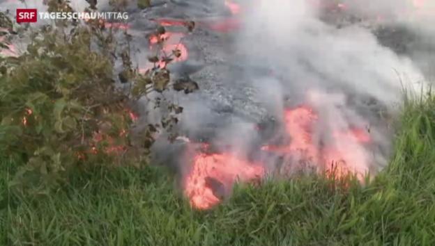 Video «Unaufhaltsam fliesst der Lavastrom vom Vulkan Kilauea» abspielen