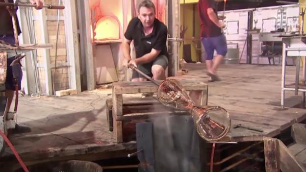 Video «So werden die Tour-de-France-Pokale hergestellt (sntv)» abspielen