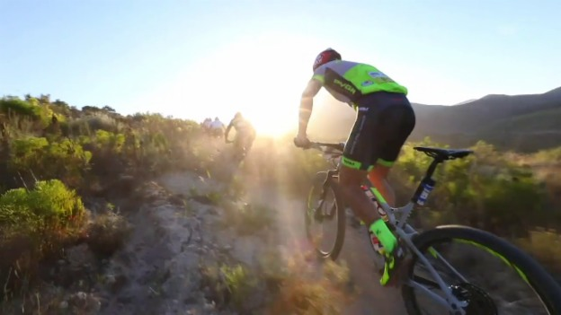 Video «Nino Schurters Projekt am Cape Epic» abspielen