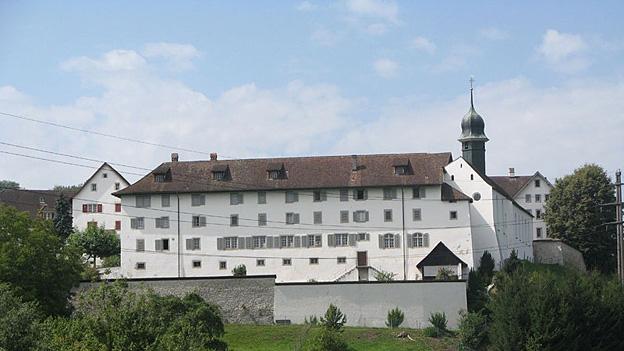 Glockengeläut der Pfarr- und Klosterkirche in Hermetschwil