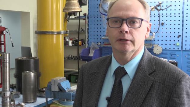 Video «Fischer Spindle in Sibirien: Schweizer kämpft mit schwachem Rubel» abspielen