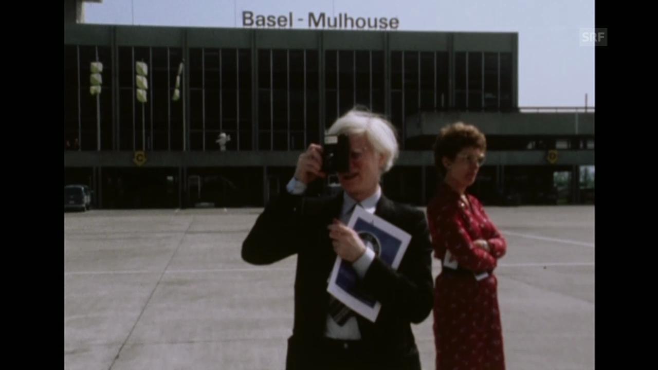 Warhol fotografiert in Basel-Mulhouse (Karussel, 13.5.1980)