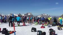 Link öffnet eine Lightbox. Video Die letzten Vorbereitungen auf die Ski-Saison laufen abspielen