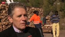 Video «Gemeindepräsident und Asylbewerber sind unterschiedlicher Ansicht» abspielen