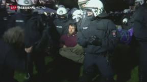 Video «Protestcamp wird geräumt» abspielen