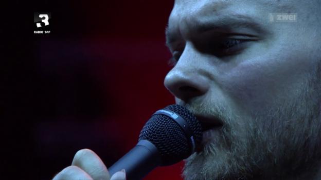 Video «Ásgeir - Hightlights Gurtenfestival» abspielen